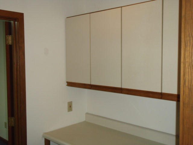 108 N Kerr Ave Suite B 1 7 Office Spaces Available